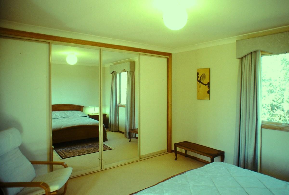 Upstairs bedroom, view SE