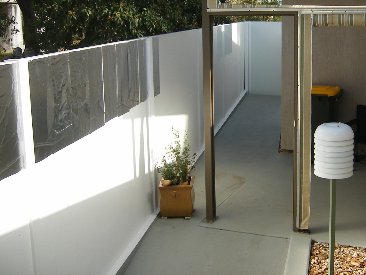 Temporary aluminium mirrors to reflect sunlight